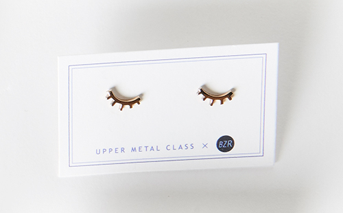 Upper Metal Class Winking Eye Studs