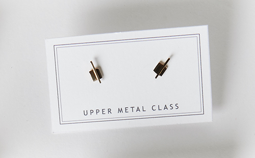 Upper Metal Class Linear Square Studs