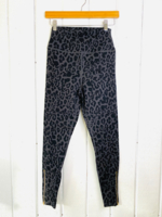 Black Leo Zip Legging